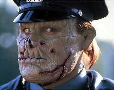 Top-10_from90s-that-werent-awful-maniac-cop-400x317